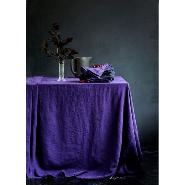 LOVELY LINEN  Table Cloth